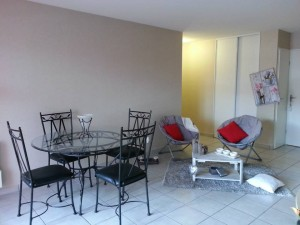 home-staging-salon-jassans -apres-2